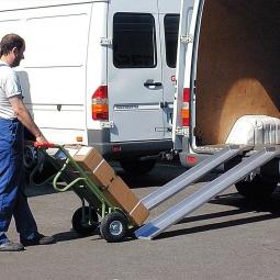 Leichte Verladeschienen mit Rand, Länge 1500 mm, Tragkraft 600 kg/Paar, Gewicht 6 kg